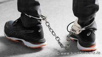 30 Straftäter mit elektronischer Fußfessel überwacht - Süddeutsche Zeitung