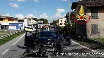 Montebelluna, non ce l'ha fatta la postina centrata in pieno sull'auto di servizio - La Tribuna di Treviso