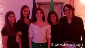 Il Rotaract Club di Montebelluna dona 4 notebook agli istituti superiori della città - TrevisoToday