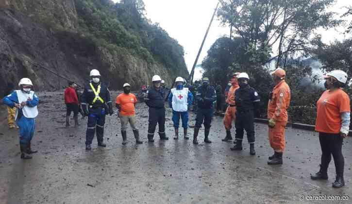 Rescatan con vida a desaparecidos por avalancha en Inzá, Cauca - Caracol Radio