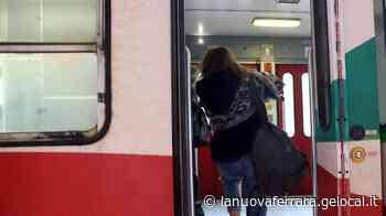 Ferrara-Suzzara utenti contro i treni «Affollati e sporchi» - La Nuova Ferrara