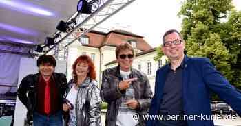 "Schlagerstars Regina Thoss, Uwe Jensen und Andreas Holm retten den ""Köpenicker Sommer"" - Berliner Kurier"