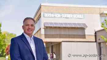 Harald Klose ist neuer Leiter der Bertha-von-Suttner-Schule in Nidderau (Main-Kinzig-Kreis) - op-online.de
