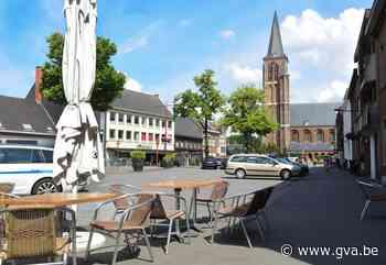 """Dorpsplein wordt groot terras van donderdag tot zondag: """"Er gaan parkeerplaatsen verloren, maar ik denk niet dat het vervelend wordt"""" - Gazet van Antwerpen"""
