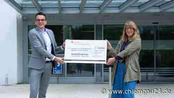 Prien am Chiemsee: RoMed Mitarbeiter unterstützen Priener Tafel - chiemgau24.de