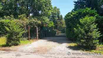 Galliate resta timida sull'arrivo della famiglia Icardi che ha comprato casa nel parco del Ticino, i tifosi nerazzurri sono divisi - La Stampa
