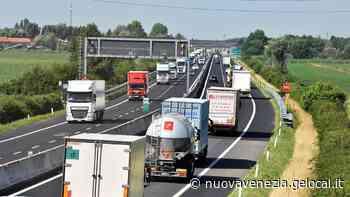 Avvallamento in autostrada, chiuso il tratto di A4 tra Portogruaro e Latisana: code e disagi - la Nuova di Venezia