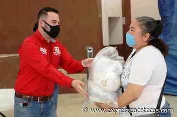 Reparte SEDIF apoyos a diversos grupos sociales en Jalpa - Express Zacatecas
