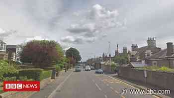 Man dies in two-car collision in Angus - BBC News