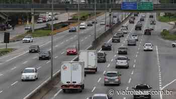 Acidente na Rodovia Raposo Tavares provoca lentidão em Cotia nesta segunda-feira (22) - Via Trolebus