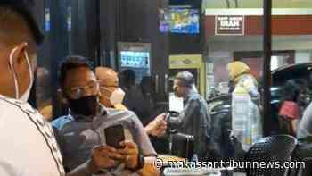 Hati-hati Duduk di Cafe Tanpa Masker, Kapolda Sulsel Irjen Mas Guntur Laupe Bisa Jadi Memantau Anda - Tribun Timur