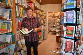 """Mark verlaat Oxfam Wereldwinkel en 'zijn' boeken volgen: """"Omzet was fors gedaald"""" - Het Nieuwsblad"""