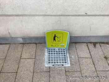 """'Peukentegels' moeten stadscentrum proper(der) houden: """"Sigarettenpeuken zijn goed voor de helft van alle zwerfvuil"""""""