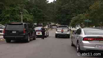 1 dead following Raleigh mobile home park shooting - WTVD-TV