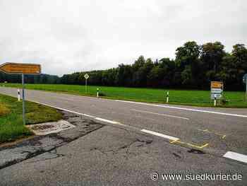 Mühlingen/Stockach: Fünf Verletzte und 25.000 Euro Schaden: Ausweichmanöver verursacht auf B14 einen Unfall mit Dominoeffekt - SÜDKURIER Online