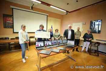Ferney-Voltaire : des ordinateurs en faveur des enfants en rupture numérique - site lasavoie.fr