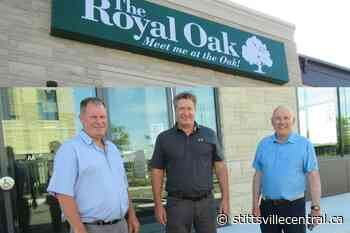 Royal Oak welcomes customers to their patio June 18 - StittsvilleCentral.ca