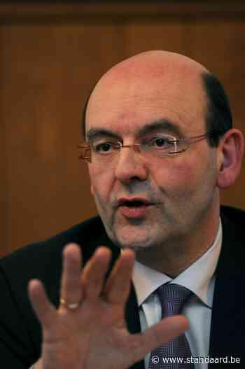 Burgemeester Sint-Agatha-Berchem geeft de fakkel door - De Standaard