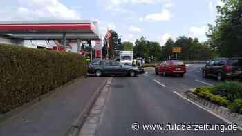 Eichenzell: Auto fährt Moped bei Ausfahrt aus Tankstelle an - Fuldaer Zeitung