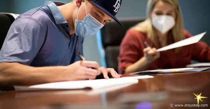 Tampa Bay Rays sign 2020 first round draft pick Nick Bitsko