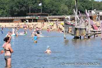 Wie wil zwemmen, reserveert best snel: strandzone Sport Vlaanderen hangt bordje volzet' uit bij vijfhonderd bezoekers