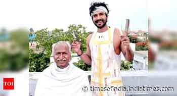Vishnu Vishal dons the hat of a hairstylist for his father - Times of India