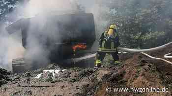 Feuerwehreinsatz In Aurich: Bagger geht in Flammen auf - Nordwest-Zeitung