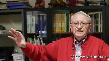 Addio a Umberto Nobile, poeta e fondatore del museo Fanchini di Oleggio. Aveva 89 anni - La Stampa