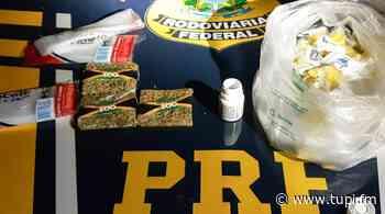 Mulher é presa transportando drogas em Campos dos Goytacazes - Super Rádio Tupi