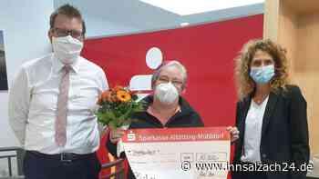 Mühldorf: 10.000 Euro PS-Gewinn in der Sparkassenfiliale Garching - innsalzach24.de