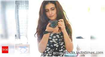 Fatima Sana Shaikh sports a pretty floral print dress in her new selfie - Times of India