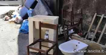 Giarre: scempio alle spalle del vecchio ospedale - La Sicilia