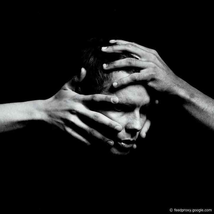 Sigur Rós Singer Jónsi Announces New Album 'Shiver'