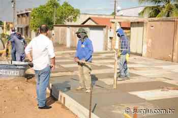 Prefeito de Miracema acompanha obras do Projeto Calçada Solidária - Surgiu