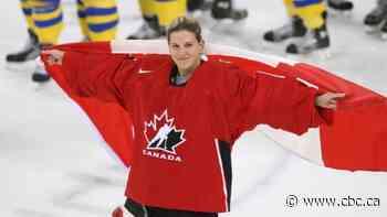 Kim St-Pierre breaks ground for female goalies in Hockey Hall of Fame