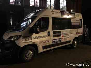 Kom eens met de shuttlebus uit uw kot - Gazet van Antwerpen