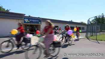 Basisschool Den Hulst in Testelt brengt rapporten persoonlijk aan huis