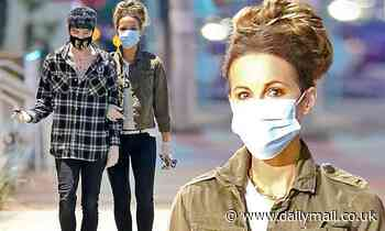 Kate Beckinsale, 46, cosies up to her boyfriend Goody Grace, 23, for masked-up grocery run - Daily Mail