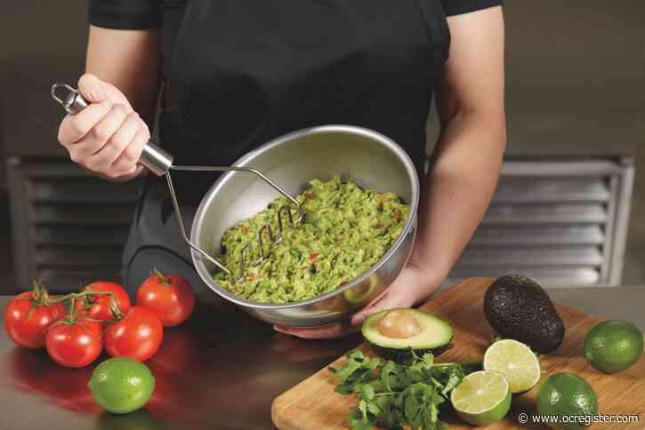 Del Taco is now serving fresh guacamole