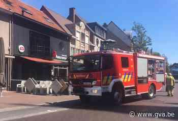 """Oververhitte friteuse bij eetcafé Assurance: """"Poetsen en dan snel weer open"""" - Gazet van Antwerpen"""