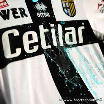 Il Parma scende in campo con una maglia rivoluzionaria anti-Covid 19 - SportEconomy