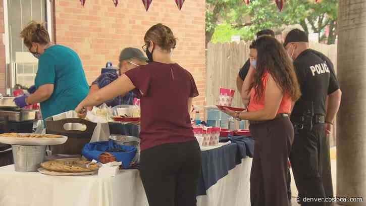 North Capitol Hill Neighbors Host Cookout For Denver Police District 6 Officers