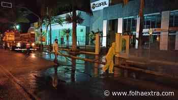 Prefeitura de Arapoti higieniza novamente locais de grande circulação de pessoas - Folha Extra