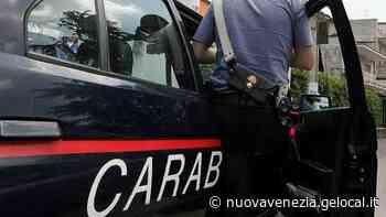 Portogruaro, l'auto dei carabinieri finisce nel fosso: ferito un militare - La Nuova Venezia