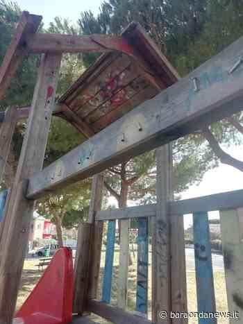 Ladispoli, la denuncia: ''Il parco giochi di via Cavour in stato di abbandono'' - BaraondaNews