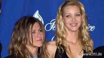 """Lisa Kudrow und Jennifer Aniston über die """"Friends""""-Reunion - RTL Online"""