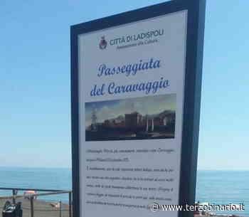 A Ladispoli appaiono i cartelli con i luoghi di Caravaggio - TerzoBinario.it