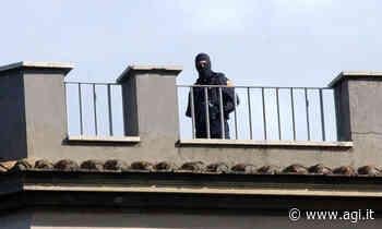 Padre e figlia ostaggi 7 ore a Oristano, liberi dopo un blitz della Polizia - AGI - Agenzia Italia