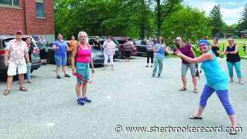 Sherbrooke Elementary celebrates retirees - Sherbrooke Record