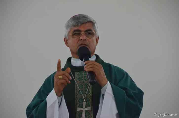 Bispo de Picos, Dom Plínio, testa positivo para Covid-19 e é transferido para Teresina - G1